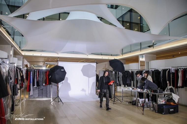 Decoration-evenementiel-lycra-tissu-extensible-toile-tendue-velum-Zing-Installations-Dior2