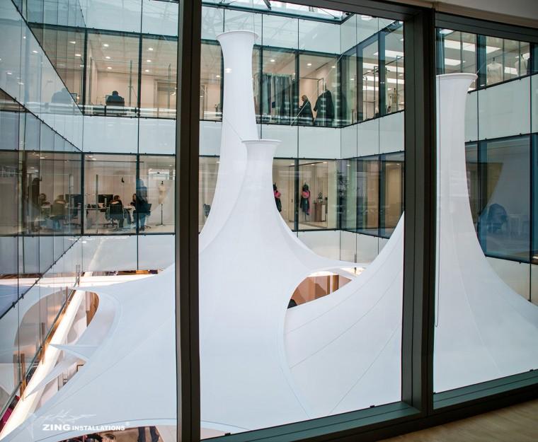 Decoration-evenementiel-lycra-tissu-extensible-toile-tendue-velum-Zing-Installations-Dior3