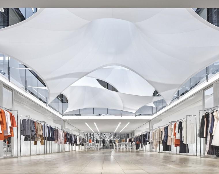 Decoration-evenementiel-lycra-tissu-extensible-toile-tendue-velum-Zing-Installations-Dior10